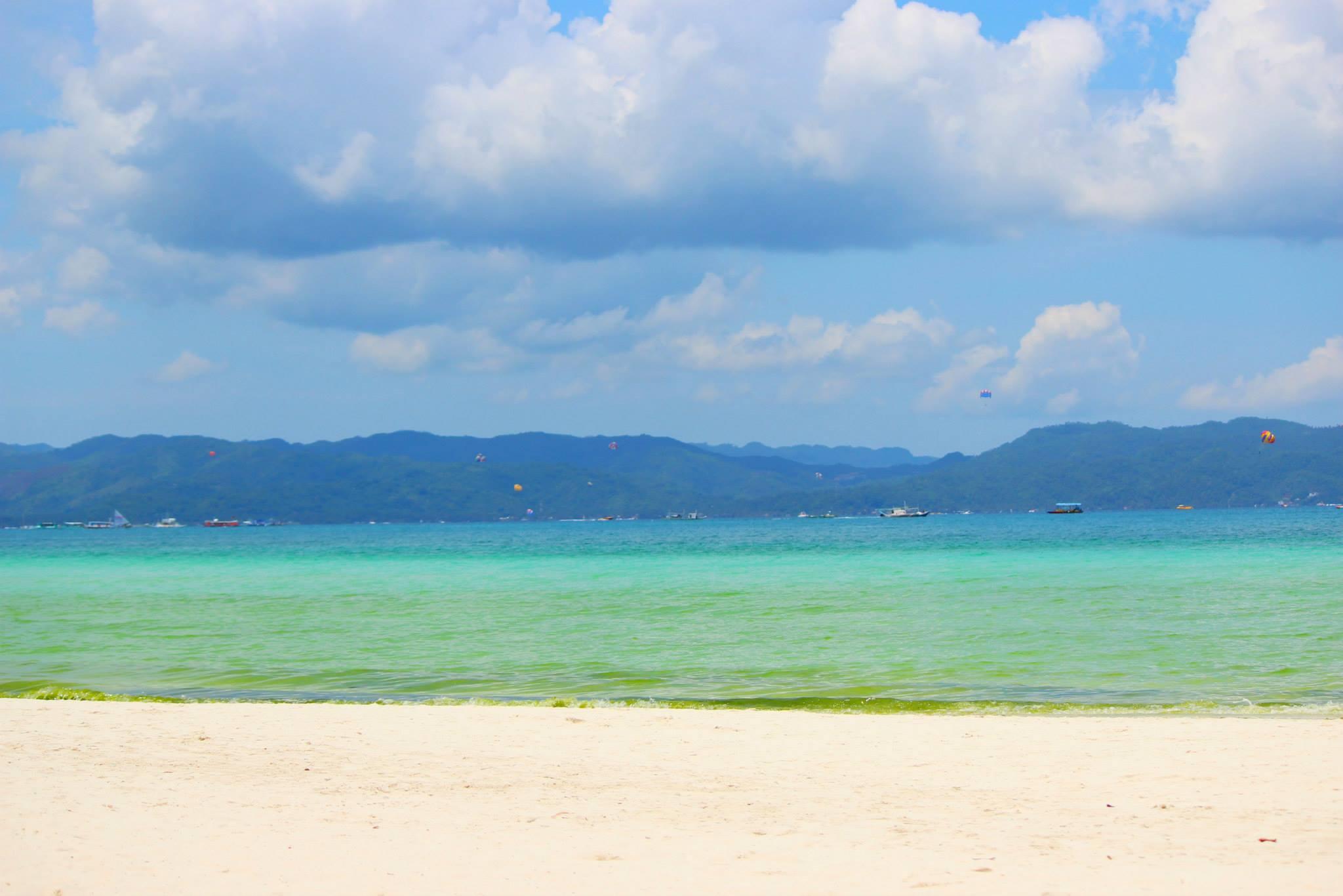 Tropical Escape – White sand beaches of Boracay