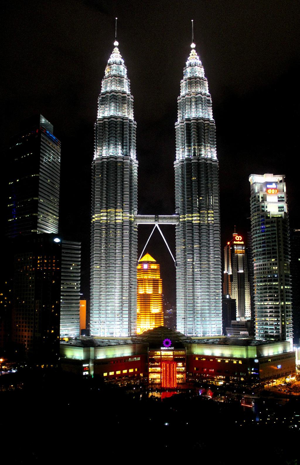 Night next to Petronas Towers at KL